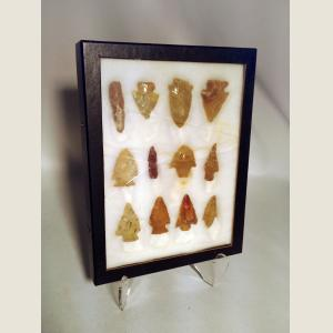 Image For: Ancient American Indian Arrow Heads