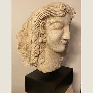 Click here to go to the Ancient Parthian or Early Sassanian Head page