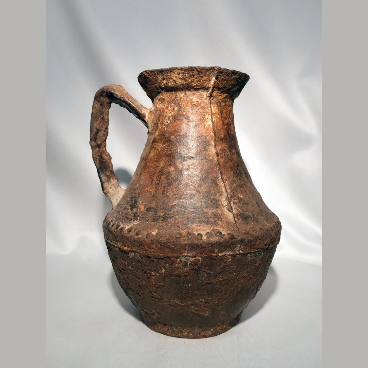 Ancient chinese ming dynasty cast iron jug