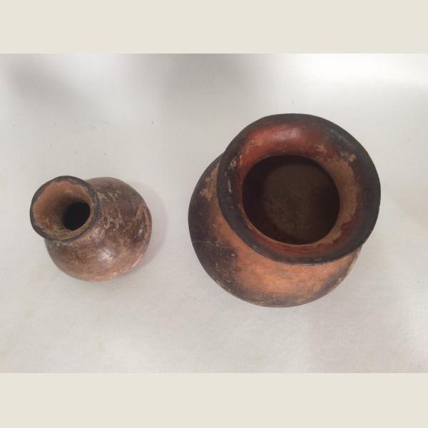 2 Terracotta Vases