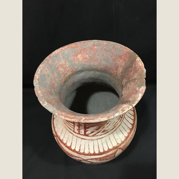 Ancient Thai Ban Chiang Vessel